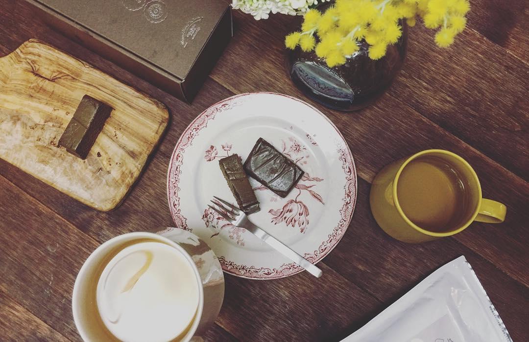我が家でも食後のデザートとしてほうじ茶テリーヌを。 ちょ...