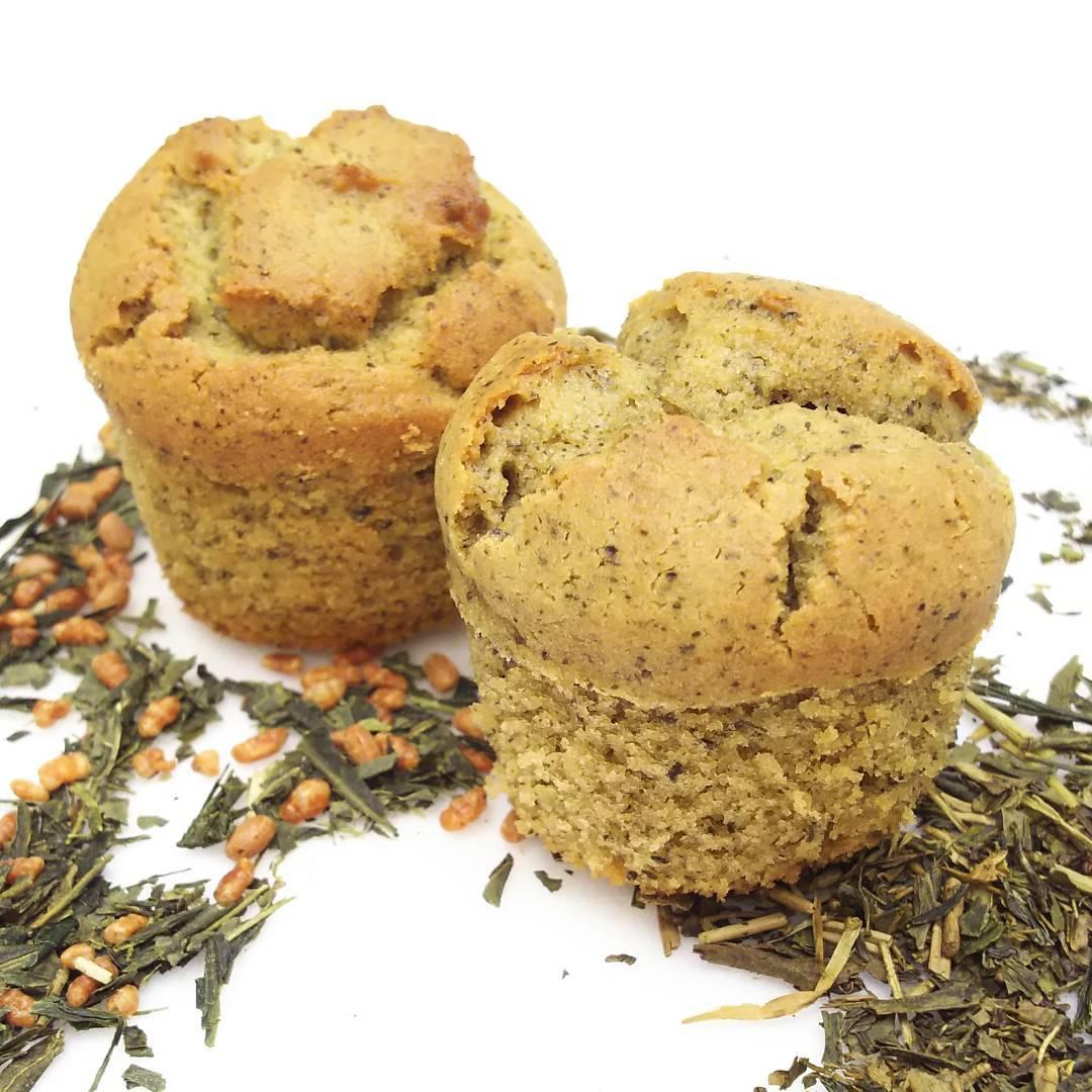 こんにちは❗️ いよいよ秋ですね🍁 甘いものがおいしい季節✨ 新商品 ほうじ茶のスイートマロン、玄米茶のスイート…